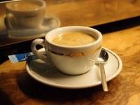 Kaffee im Anschluss an das Morgenlob am Donnerstagmorgen